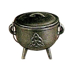 Triquetra Cauldron - Medium