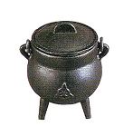 TRIQUETRA CAULDRON SMALL