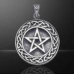 PENTACLE W/KNOTWORK BORDER