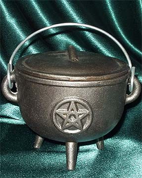PENTACLE CAULDRON MEDIUM