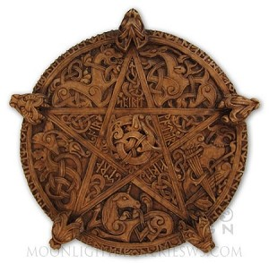 CELTIC KNOTWORK PENTACLE