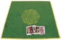 CELTIC LABYRINTH VELVET CLOTH 32 x 32